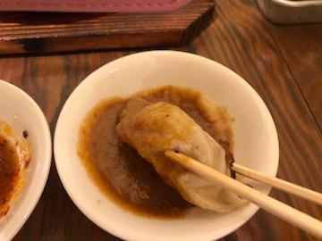 鉄鍋餃子(2)