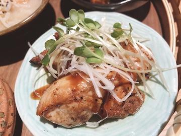 花籠御膳(鶏モモの黒胡椒焼き)