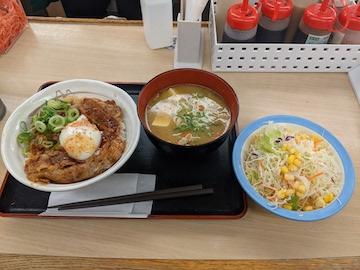 旨辛焼き牛めし(豚汁、サラダセット)