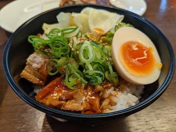 豚ワンタン麺(2)