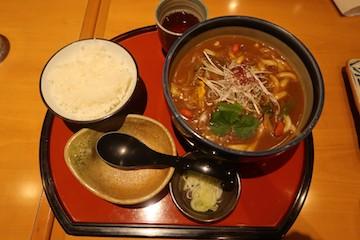 氷見牛薬膳カレーうどん(1)