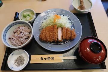 名水匠ロースカツ定食(1)