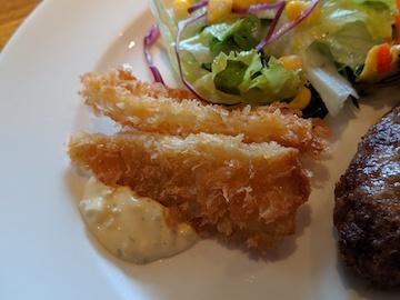 お得な洋食3種プレート(白身魚のフライ)
