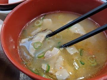 牛丼と豚汁セット(2)