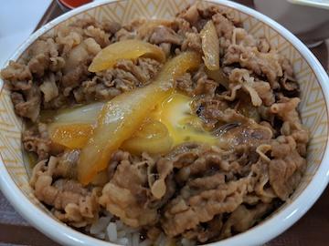 牛丼と豚汁セット(4)