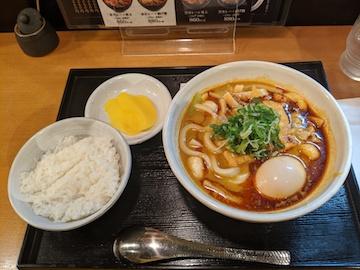 赤カレーうどん(1)