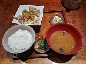 マグロの竜田揚げ定食(1)