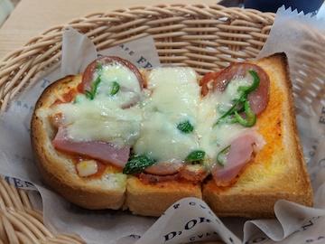 厚切りピザトースト(1)