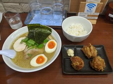 濃厚鶏白湯(1)