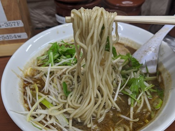 黒胡麻担々麺(7)