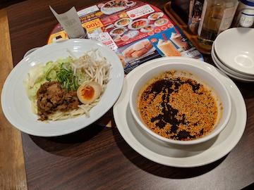 肉盛り辛つけ麺(1)