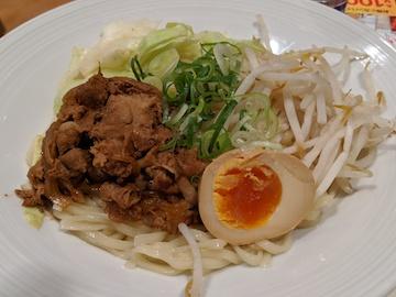 肉盛り辛つけ麺(2)
