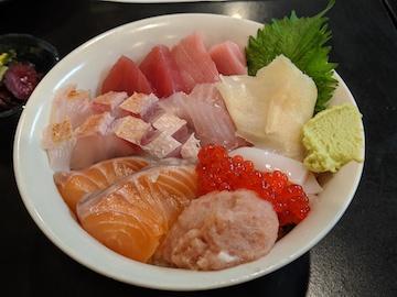 海鮮丼定食1