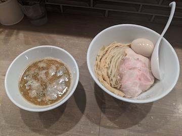 濃厚煮干しつけ麺(1)