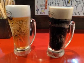 白生ビールと黒生ビール